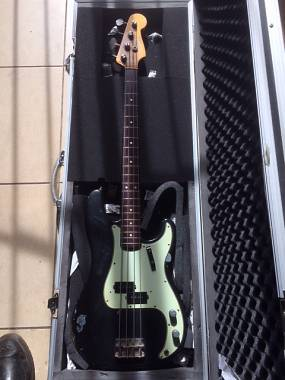 Fender precision 1965