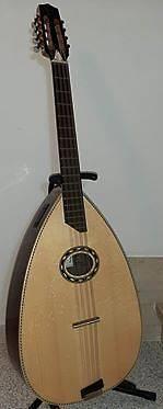 Mondol, mandola algerina 8 corde (Apc Antonio Pinto de Carvalho)