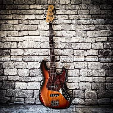 Squier Vintage Modified 60s Jazz bass