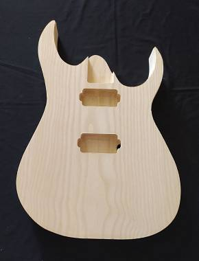 Body style Ibanez lavorati a mano