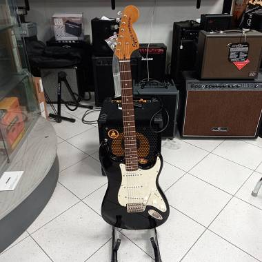 Squier Stratocaster Classic Vibe 70 LRL BK