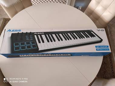 Tastiera USB-MIDI Alesis V49