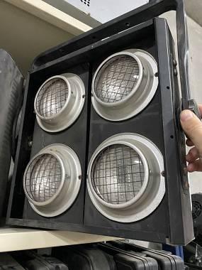 4 accecatori blinder a 4 fasci street audio + lampade nuove + spedizione gratis