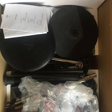 Alesis DM Lite Kit con sgabello, pad aggiuntivo, tappeto e 2 pad allenamento