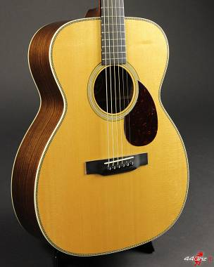 Collings OM2H German Top / Indian Rosewood Deep Body