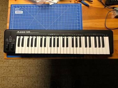 Alesis Q49 Tastiera Controller USB MIDI 49 Tasti