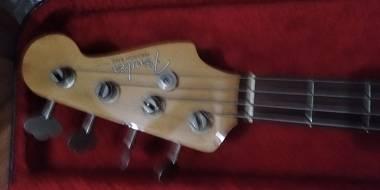 Fender precision bass 62-75 JV domestic car 1983