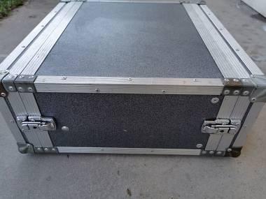 Case rack  4 moduli per multieffetto o finali di potenza