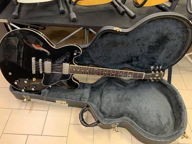 Gibson ES-335 DOT Ebony del 2002 con Seymour Duncan Antiquity OTTIME CONDIZIONI