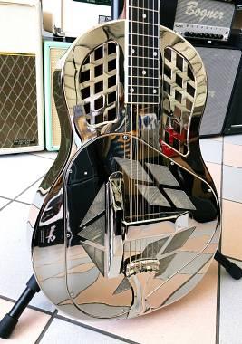 ROYALL TMP12/NI Chitarra acustica resofonica corpo in ottone tricone