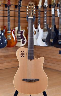 Godin Multiac Nylon Encore Grand Concert